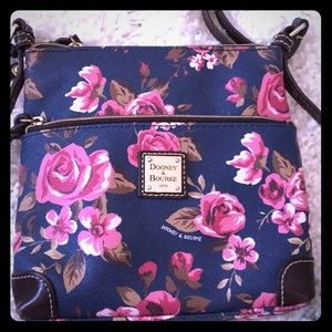 Authentic Dooney Bourke crossover purse